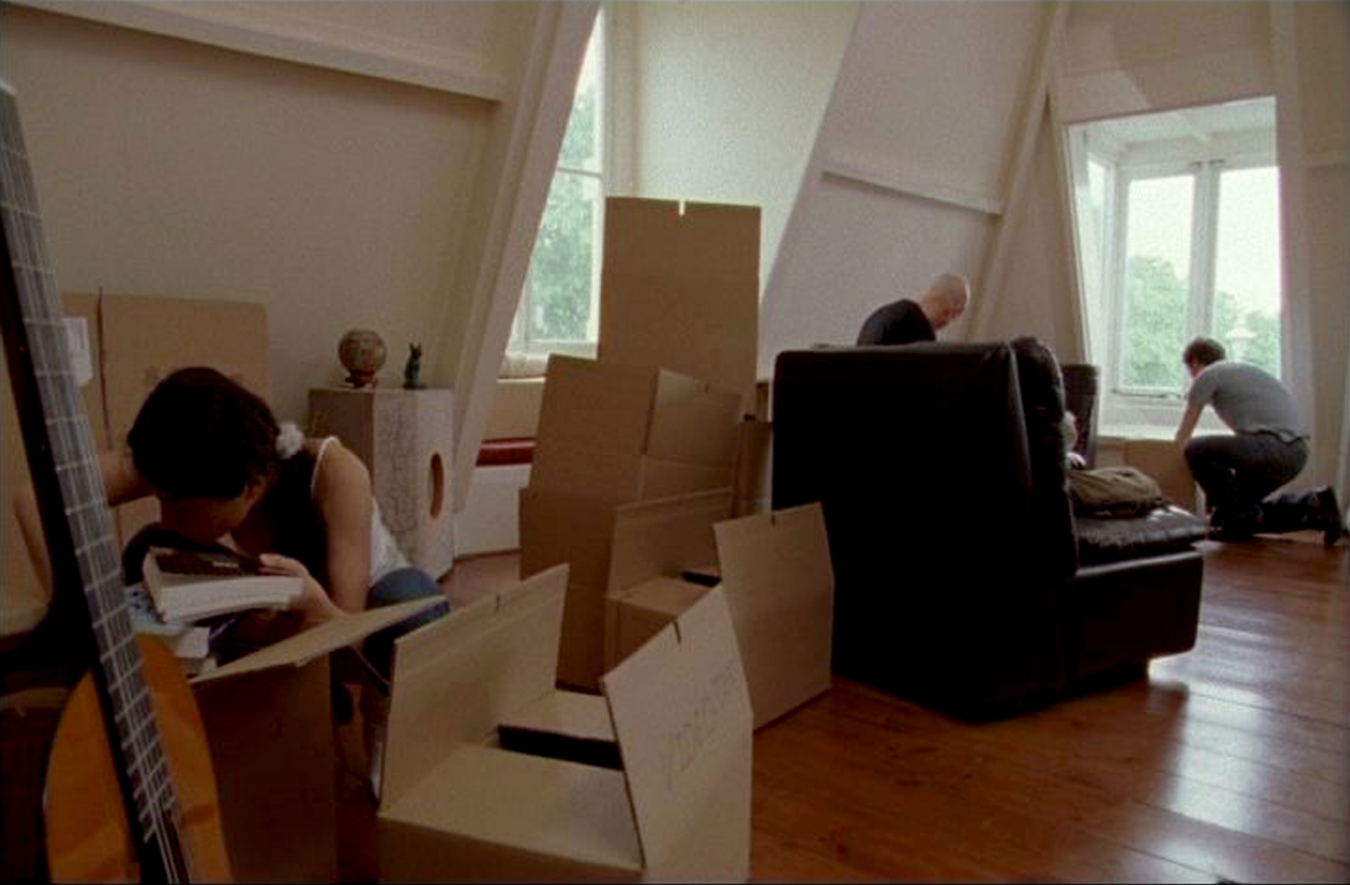 "Johanna Billing Magic & Loss, 2005, 16 mm transferred to DV 16'52"" loop"
